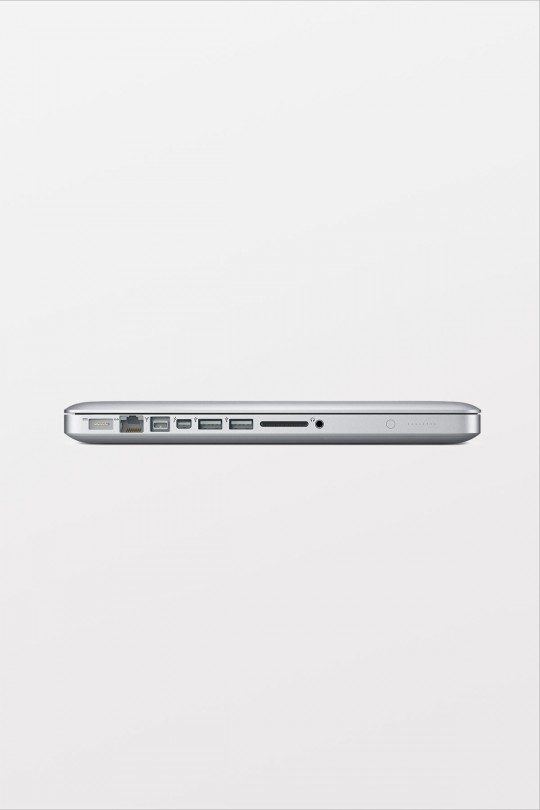 Apple MacBook Pro 13-inch: 2.5GHz dual-core Intel Core i5 / Turbo Boost up to 3.1GHz / 4GB 1600MHz Memory / 500GB Storage/SuperDrive
