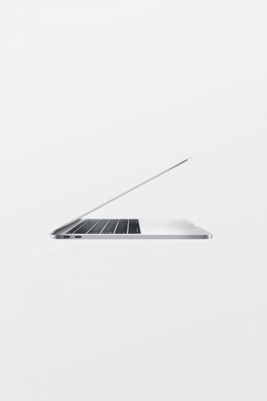 Apple MacBook Pro 13-Inch: 2.0GHz i5/8GB/256GB/Intel Iris Graphics 540 - Silver