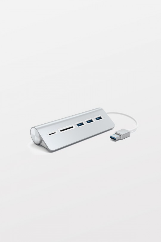 SATECHI 3-Port USB 3.0 Hub and Card Reader - Silver