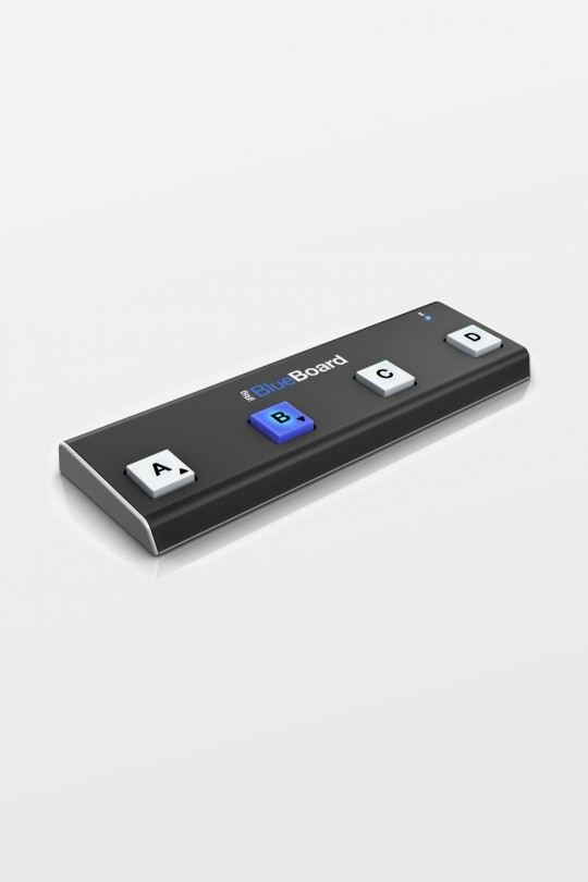 iRig BlueBoard - Bluetooth MIDI pedalboard controller for iOS and Mac