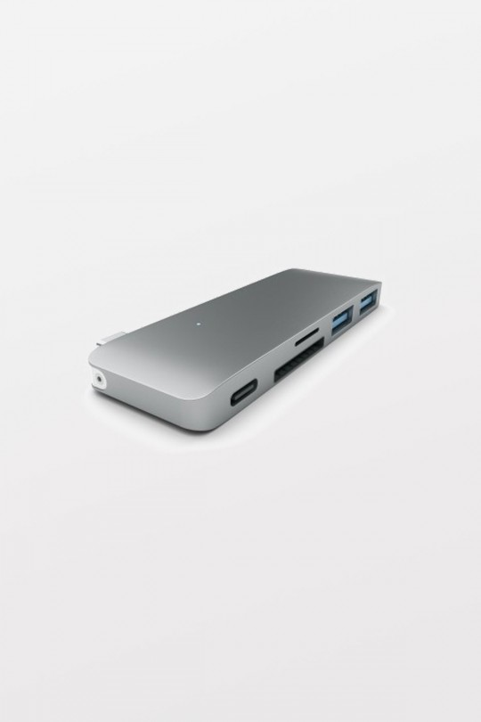 Satechi USB Type-C Passthrough Hub - Space Grey